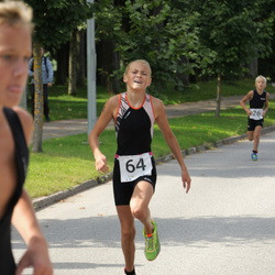 Elva Linnatriatlon lastedistants - Helena Heinlo (64)