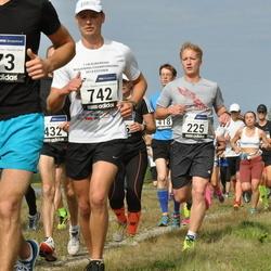 42. jooks ümber Ülemiste järve - Märt Hiietamm (225), Armin Soosalu (742)