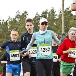 SEB 30. Tartu Jooksumaraton - Andre Tättar (4023), Kristi Väljaots (4282), Kregor Zirk (4502)