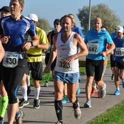 SEB Tallinna Maraton - Märt Tomp (323), Aleksandrs Grotus (647)