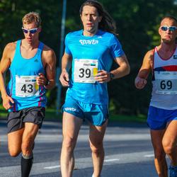 SEB Tallinna Maraton - Priit Kajari (39), Bert Tippi (43)