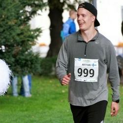 SEB Tallinna Maraton - Artturi Kivinen (999)