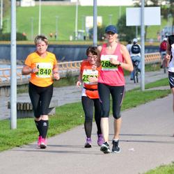 SEB Tallinna Maraton - Riitta Heikkonen (1840), Anni Kivimägi (2321)