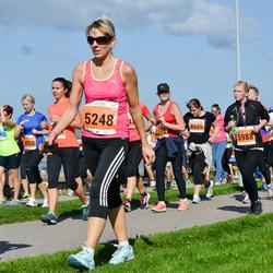 SEB Tallinna Maraton - Annabel Gretely Ots (2802), Anu Haugasmägi (5248), Eveli Raja (5988)