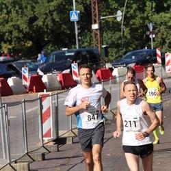 SEB Tallinna Maraton - Sulev Liht (211), Arnaud Picut (847)