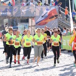 SEB Tallinna Maraton - Maiken Hiire (5326), Anna Mailanchi (5327), Epp Saks (5328), Kreet Prants (5329)