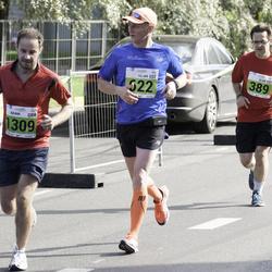 SEB Tallinna Maraton - Ülar Vaadumäe (389), Viljar Hiienõmm (622), Adam Ward (1309)