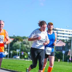 SEB Tallinna Maraton - Kadi Ainsaar (1802), Aare Huik (1986)