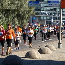 SEB Tallinna Maraton - Mailis Rimmel (1966), Anneliis Peitel (5798), Kairit Lutsar (11328)