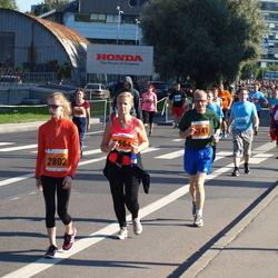 SEB Tallinna Maraton - Annabel Gretely Ots (2802), Toomas Kiisverk (4341), Ege Lindre (5564)