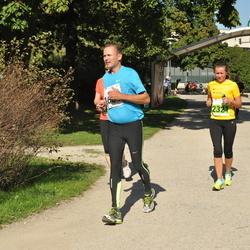 SEB Tallinna Maraton - Olli Siren (1681), Anni Kivimägi (2321)