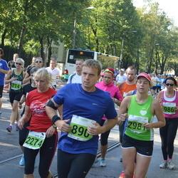 SEB Tallinna Maraton - Allan Aedmaa (890), Ester Marjapuu (2274), Anna Shaginian (2981)