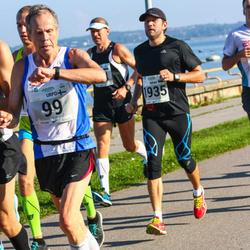 SEB Tallinna Maraton - Urpo Naumanen (99), Aigar Ojaots (1935)
