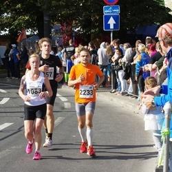 SEB Tallinna Maraton - Minna Salmikuukka (1083), Arno Vaik (2233)