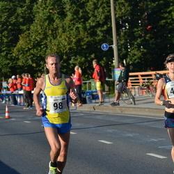 SEB Tallinna Maraton - Arnold Laasu (98), Rebecca Bunting (498)