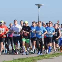 SEB Tallinna Maraton - Aet Udusaar (658), Priit Hiob (842), Kauri Aaslaid (1644), Teedu Pedaru (2214)
