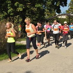 SEB Tallinna Maraton - Anastassia Samsonova (2960), Triin Boitsova (3582), Riin Agur (3970)