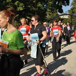 SEB Tallinna Maraton - Taimi Kirr (10226), Annika Laas (10304), Laivi Nurmik (12763)