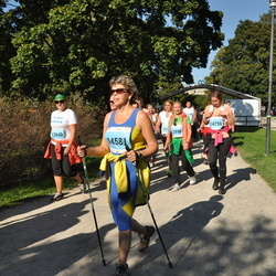 SEB Tallinna Maraton - Anneli Rihvk-Hiie (12640), Marina Hodus (14581), Jekaterina Lebedeva (14750)