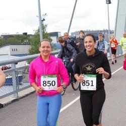 PAF Tartu Olümpiajooks - Brenda Põlluste (850), Ereli Säde (851)