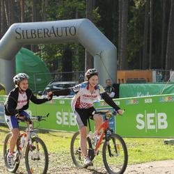 SEB 17. Tartu Rattamaraton - Anna Krista Bekere (6473), Arta Jurgensone (6474)