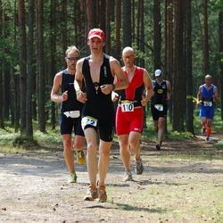 Saku Triatlon - Aarne Vasarik (110), Mihhail Botskov (122)