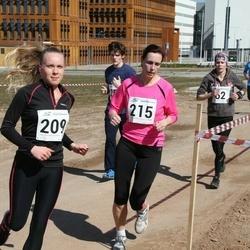 Tartu Parkmetsa jooks - Diana Külv (209), Karmen Ahja (215)