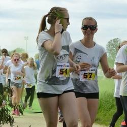 Wow run - Kelly Pärnalaas (57), Riin Sõmermaa (129)