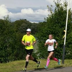 Pärnumaa Võidupüha maraton - Anno Tarvis (320), Kairin Ööpik (333)