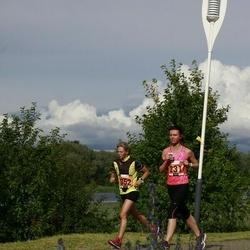 Pärnumaa Võidupüha maraton - Anett Tõnutare (231), Kati Reispass (352)