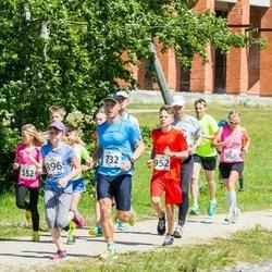 Elva tänavajooks - Anastassija Bogatõrjova (552), Kaspar Mihailov (732), Linda Maria Saar (896)