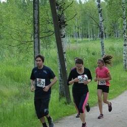 Elva tänavajooks - Kadi-Liis Hansen (565), Kaido Sillar (962), Mari Ainso (963)