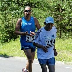 34. jooks ümber Pühajärve - Mart Kajari (219), Arvo Luus (240)