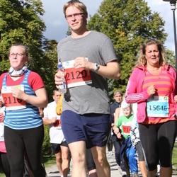 SEB Tallinna Maraton - Ann Tiiman (2119), Margo Tiiman (2120), Kairit Lutsar (15646)