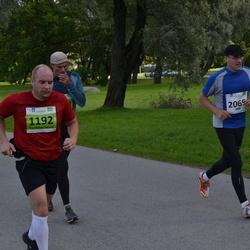 SEB Tallinna Maraton - Kert-Robert Nõmme (1192), Ari Karhinen (2069)