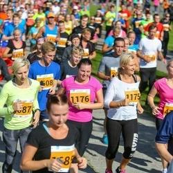 SEB Tallinna Maraton - Ingrid Teino (1175), Annika Teino (1176), Madara Grandane (2087)