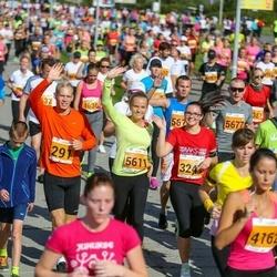 SEB Tallinna Maraton - Aron Kuusik (291), Nele Salak (3241), Brita Pruuel (5611)