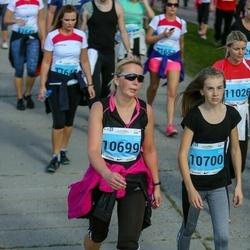 SEB Tallinna Maraton - Helena Komp (10699), Agnes Hotski (10700)