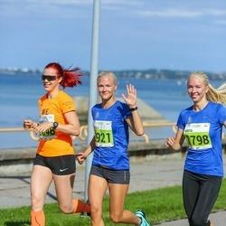 SEB Tallinna Maraton - Marie Reimann (1048), Brita Kaasik (1798), Engeli Vennik (2921)