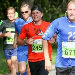 SEB Tallinna Maraton - Neeme-Rain Velleste (245), Boriss Sipunov (671)