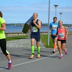 SEB Tallinna Maraton - Laur Saar (350), Ando Kangur (533), Eliise Hoogand (594), Tarja Suutari (2221)