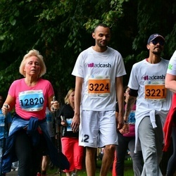 SEB Tallinna Maraton - Advait Shah (3221), Guy-Patrick Moutsinga (3224), Angela Elhi (12820)