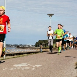 SEB Tallinna Maraton - Tarvo Rõõmussar (104), Christopher Kalev (965)