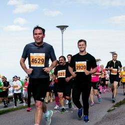 SEB Tallinna Maraton - Arne Sarapuu (521), Aivar Siska (3920), Kaido Tiigisoon (4629), Kaarel Ajaots (5610)