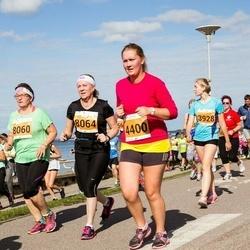 SEB Tallinna Maraton - Brit Truuts (4400), Jaana Valtanen (8060), Sointu Heinonen (8064)