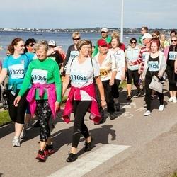 SEB Tallinna Maraton - Anna Bukstunovits (10120), Teele Hein (10693), Alli Peit (11065), Helgi Sinnep (11066), Sigrid Sepplaan (11426)