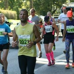 SEB Tallinna Maraton - Eha Laanbek (1681), Jane Vahemäe (1727), Janek Hiiemäe (2021)