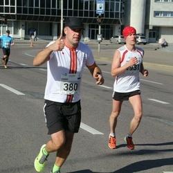 SEB Tallinna Maraton - Armin Tänav (380), Marko Vänttinen (1931)