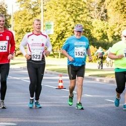 SEB Tallinna Maraton - Antti Sadeharju (522), Arttu Sadeharju (523), Vera Tarvonen (1060), Markku Nousiainen (1524)