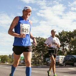 SEB Tallinna Maraton - Arnold Laroye (395), Kaarel Reispass (929)